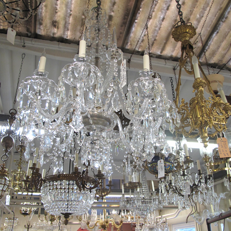 Where To Get Glass Chandeliers Repaired